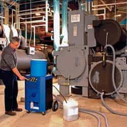 Limpeza química de torre de resfriamento